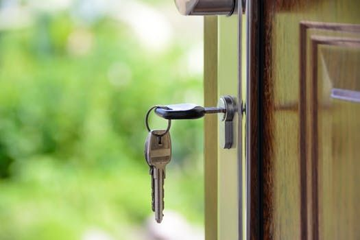 Smart dørpumpe, dørlukkesystemer og meget mere
